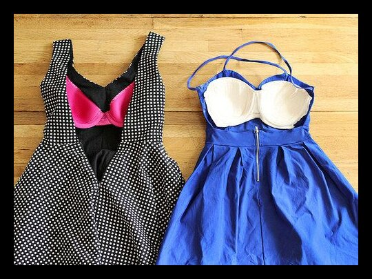 How to wear a dress without bra