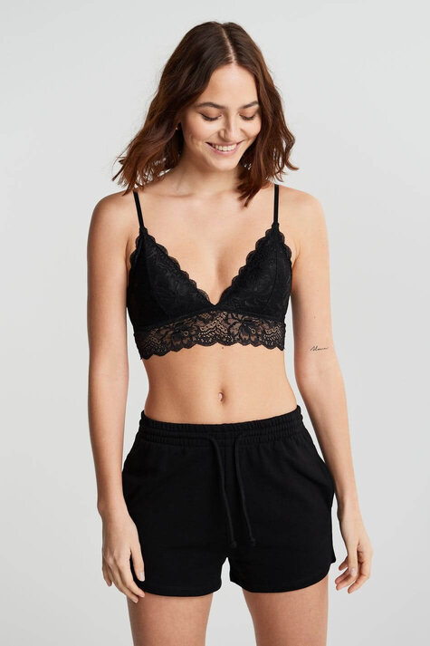 What Bra to Wear with Tank Top