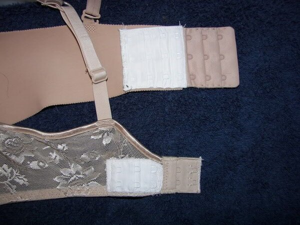 How to Tighten Bra Band Without Sewing
